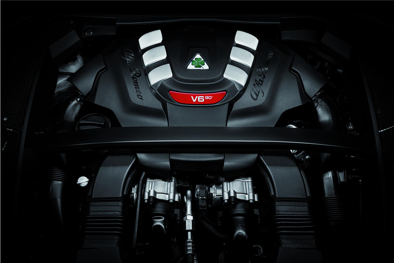 Alfa-Romeo Stelvio Quadrifoglio V6 Engine