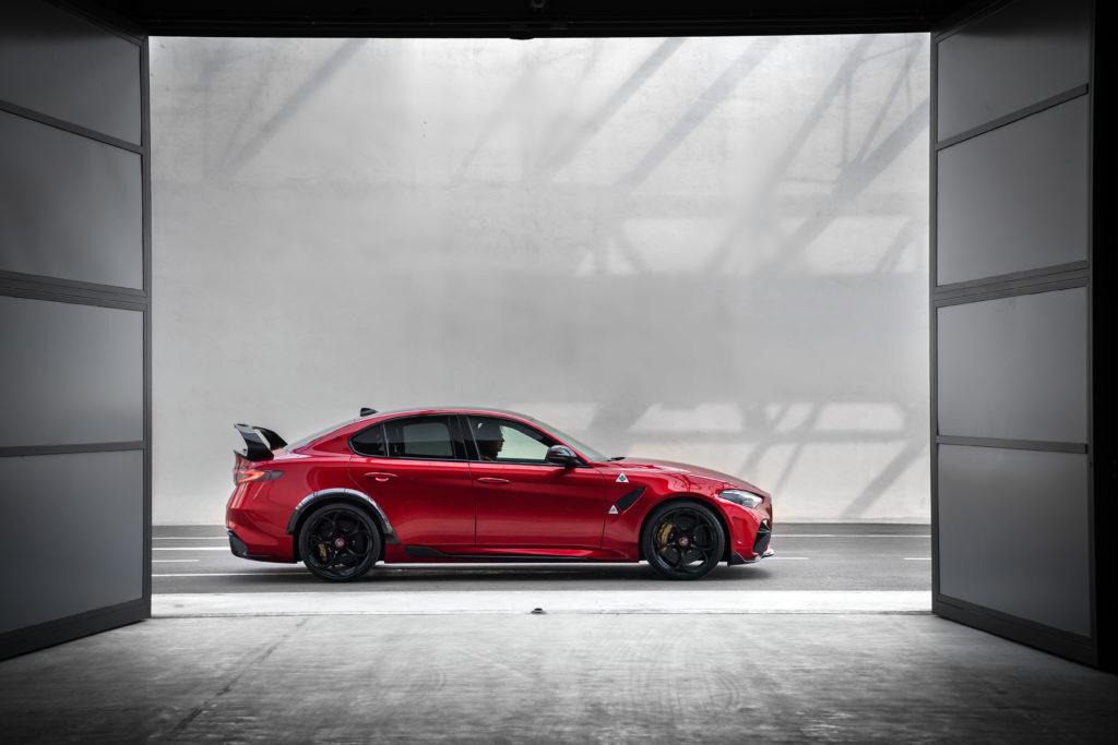 Alfa Romeo Giulia GTam: lato