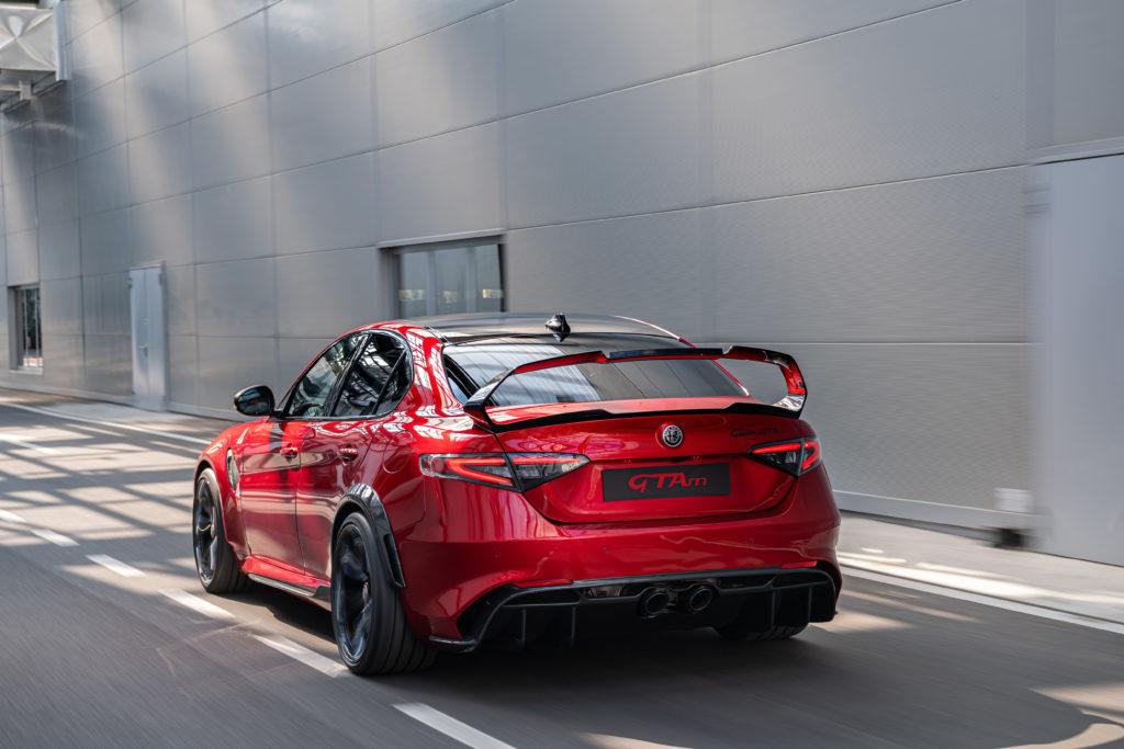 Alfa Romeo Giulia GTam: alettone posteriore