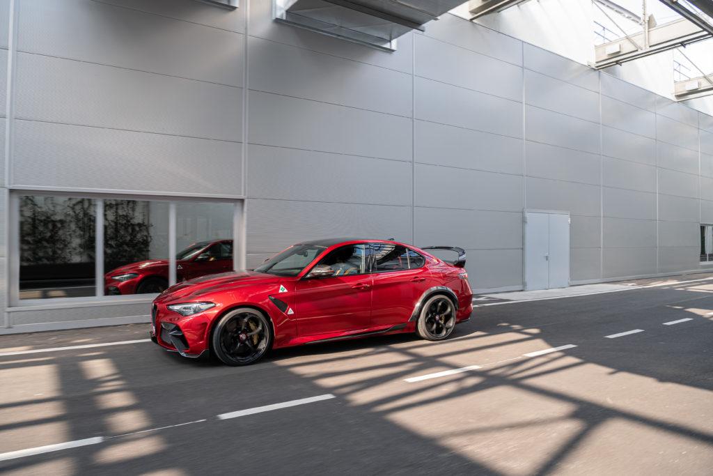 Alfa Romeo Giulia GTam: frontale