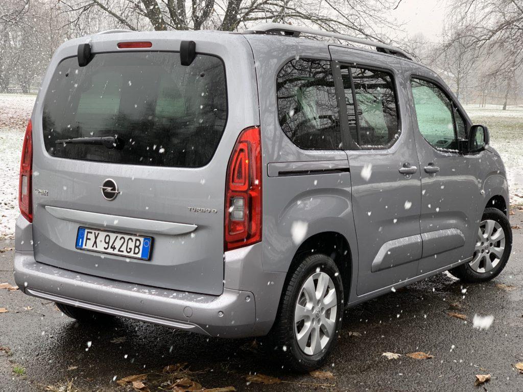 Opel Combo Life 1.5 CDTI 100 cavalli: posteriore