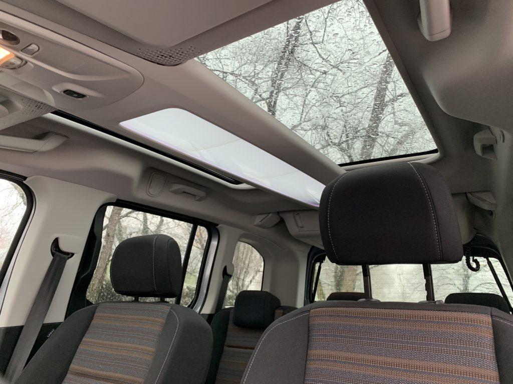 Opel Combo Life 1.5 CDTI 100 cavalli: tetto panoramico
