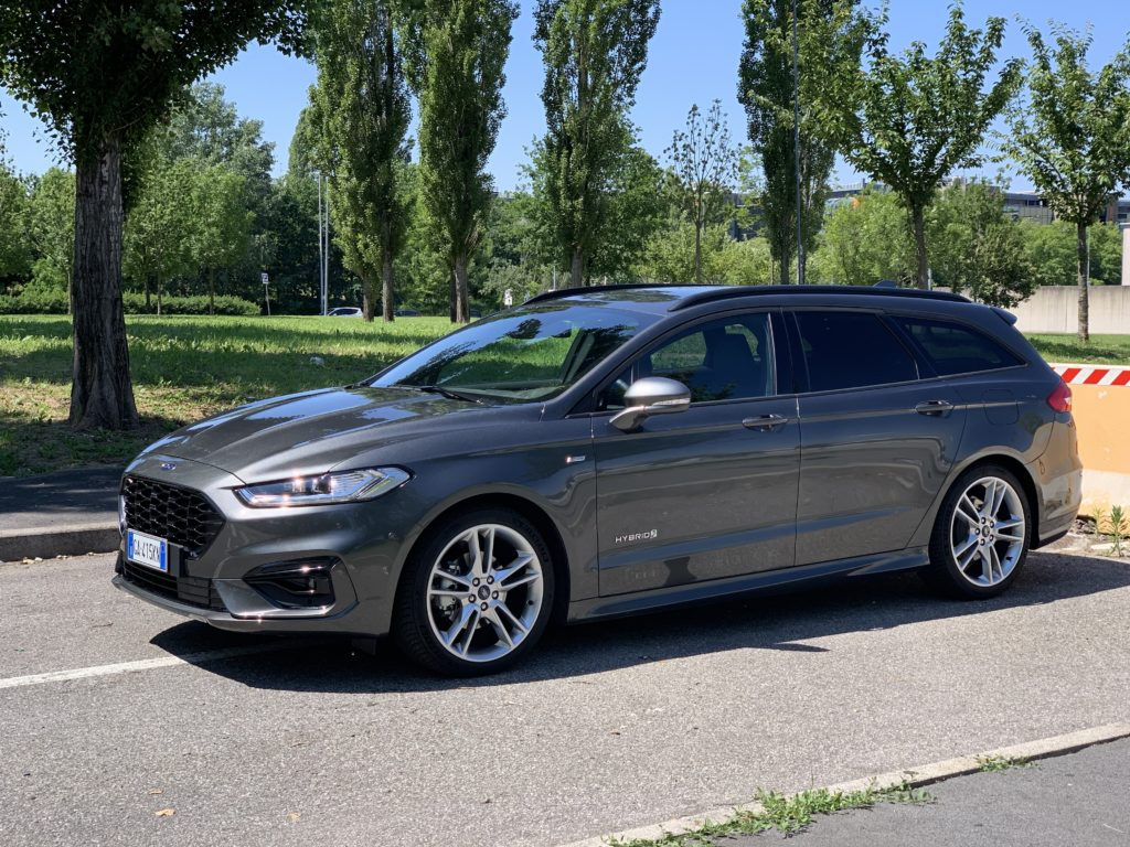 Ford Mondeo 2.0 Hybrid ST-Line Wagon