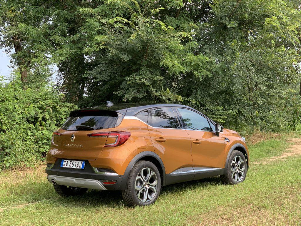 Renault Captur 1.5 Blue dCi EDC Intens - Posteriore