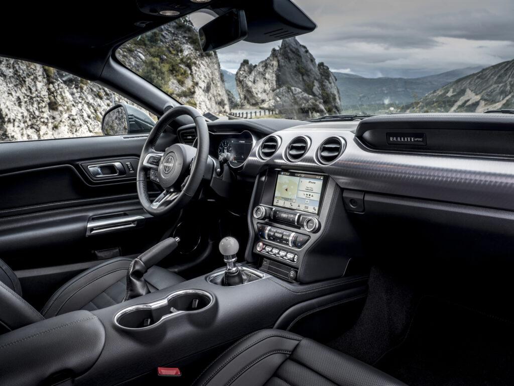 Ford Mustang Bullitt - Interno