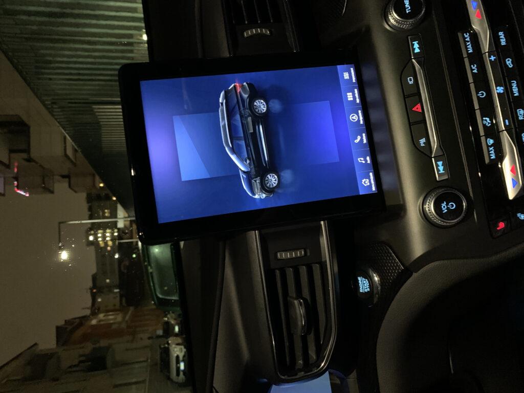 Ford Explorer EcoBoost V6 Hybrid ST-Line