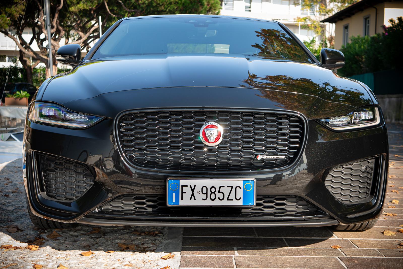 Prova Jaguar XE P250 S R-Dynamic 2019 - Ruota Libera - www ...